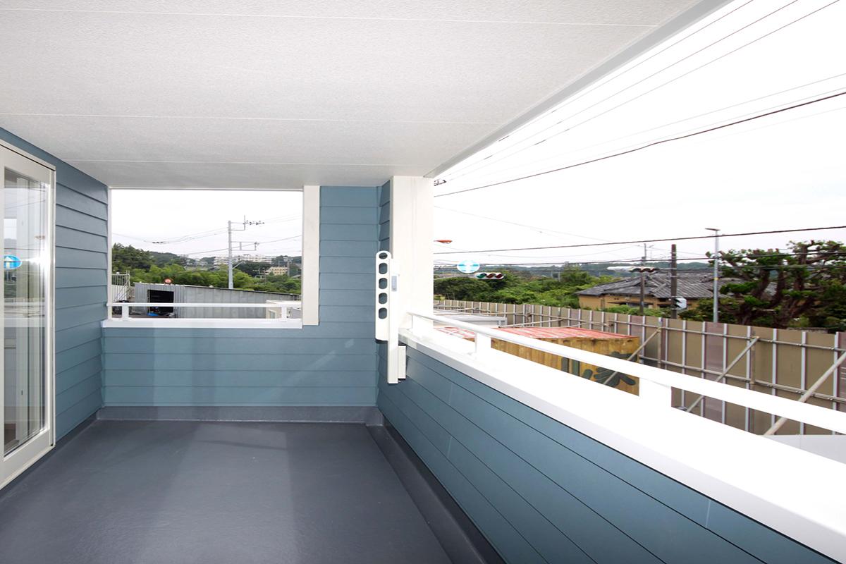 屋根付バルコニー2