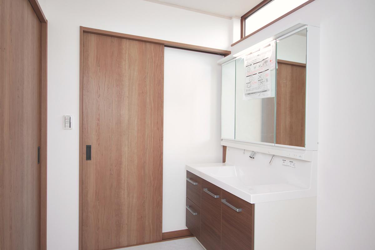 洗面室 アングル2