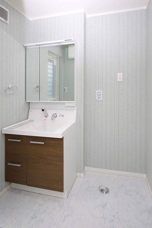 洗面室 アングル1