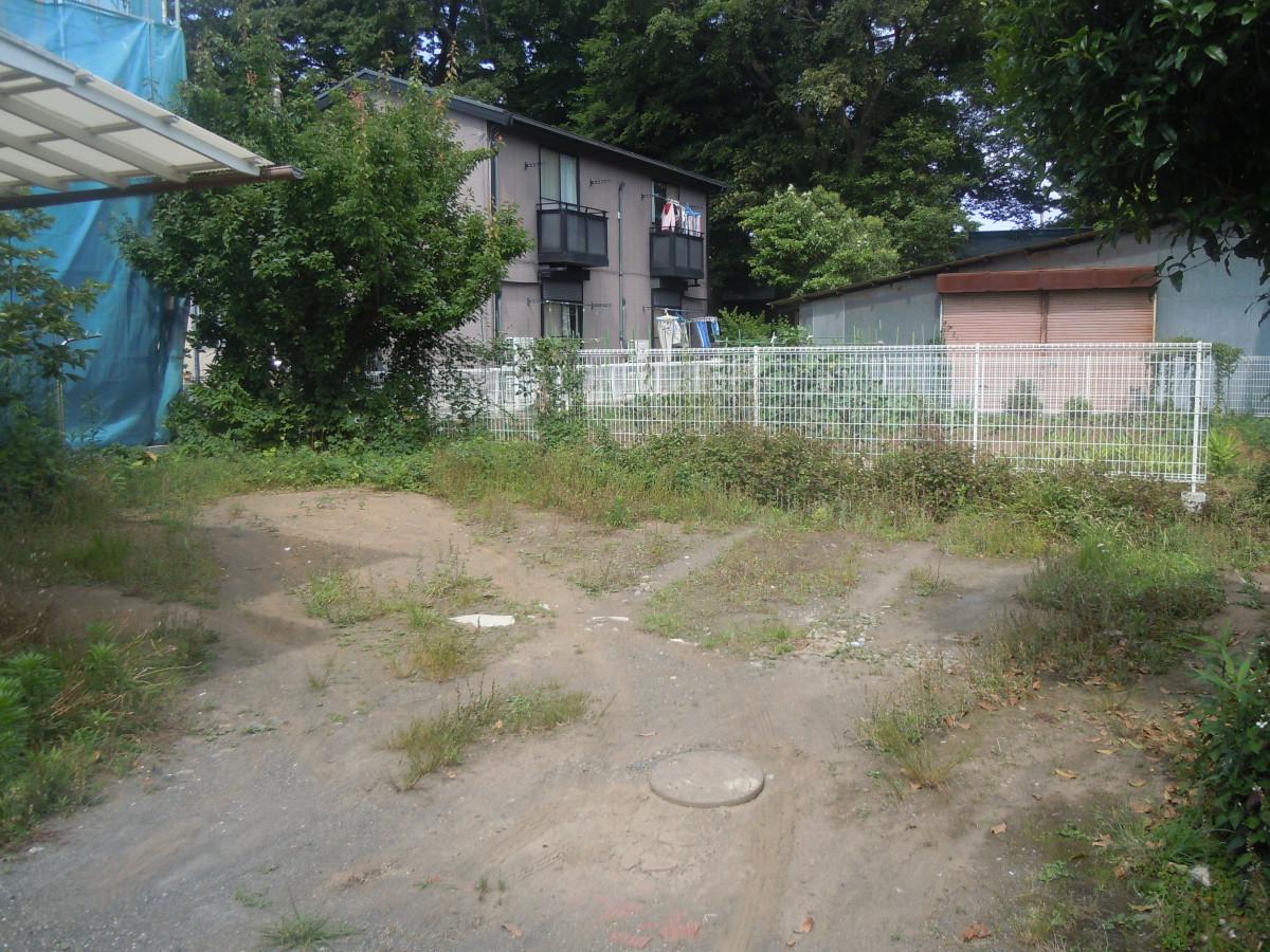 専用庭です。広いので、家庭菜園や花壇など作れます。