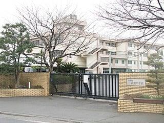 茅ヶ崎中学校